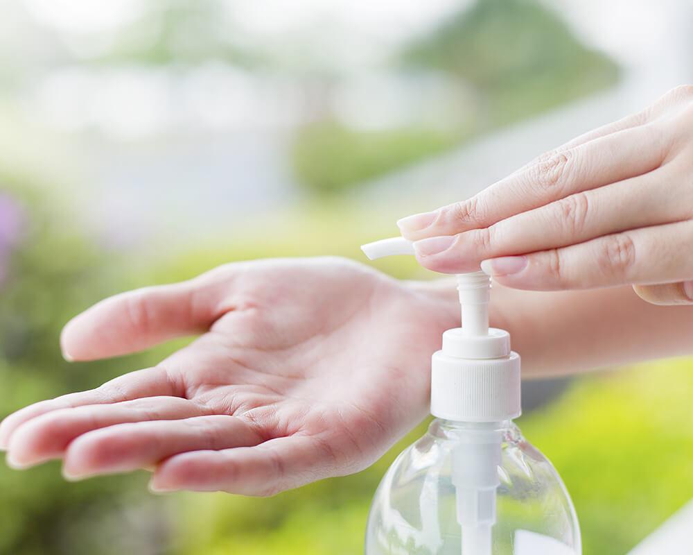 Cum sa iti faci dezinfectant pentru maini acasa