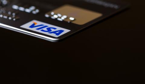 Volumul platilor cu cardul Visa creste