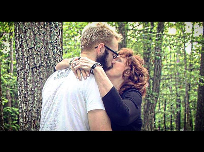 matrimoniale in mediaș fete divortate din Sighișoara care cauta barbati din Iași