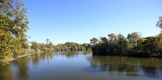 O fetita a murit inecata in lacul Herastrau